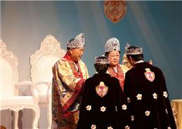 万王の王神様解放圏戴冠式
